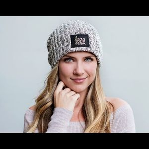LOVE YOUR MELON - black speckled beanie